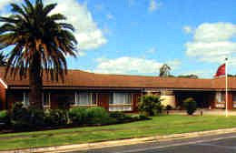 Golden Palms Motel Logo and Images