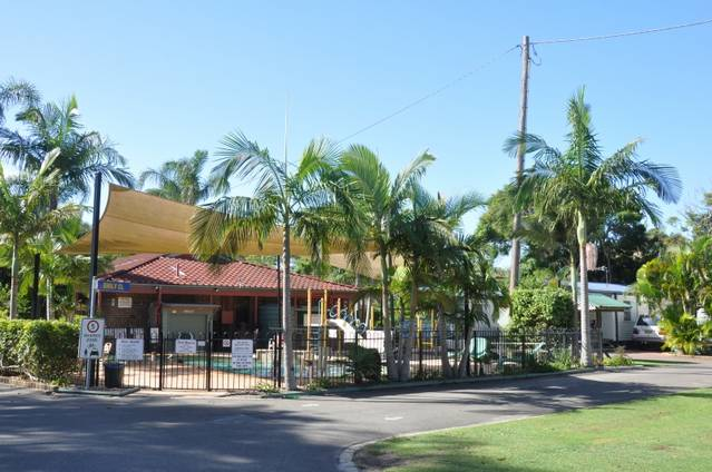 Jacaranda Caravan Park Logo and Images