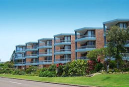 Seapoint Apartments Logo and Images