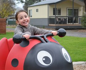 BIG4 Bendigo Marong Holiday Park Logo and Images
