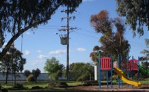 Lakeview Caravan Park Logo and Images