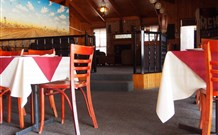 Lightning Ridge Outback Resort and Caravan Park Logo and Images