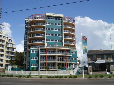 Sunrise Tuncurry Apartments Logo and Images