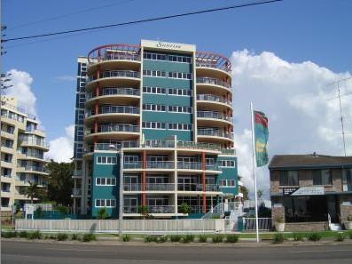 Sunrise Tuncurry Apartments Logo and Images