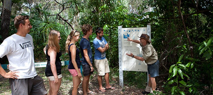 Magnetic Island YHA Logo and Images