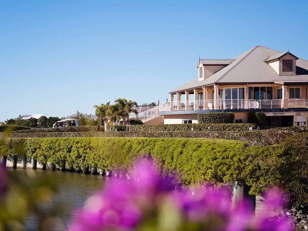 ibis Styles River Lodge Harrington Logo and Images