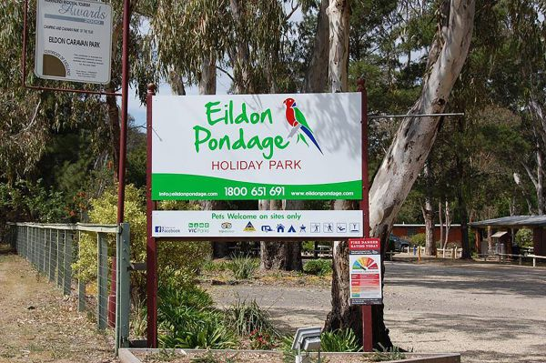 Eildon Pondage Holiday Park Logo and Images