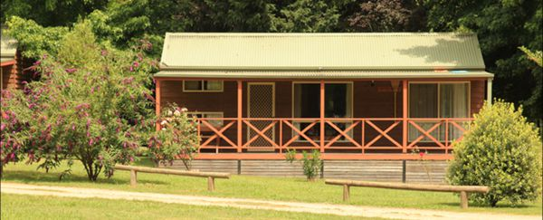 Harrietville Cabins and Caravan Park Logo and Images