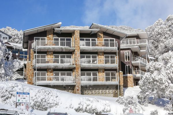 Ropers Alpine Apartments Image