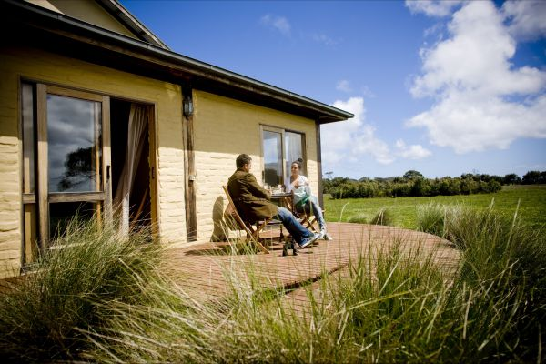 Great Ocean Ecolodge Logo and Images