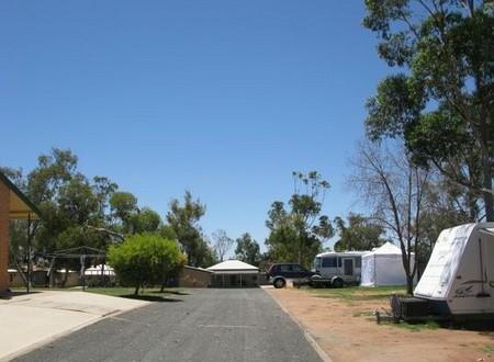 Lake View Broken Hill Caravan Park Logo and Images