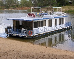Matahari Houseboats Logo and Images