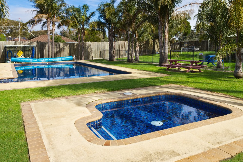 Carrum Downs Holiday Park Logo and Images