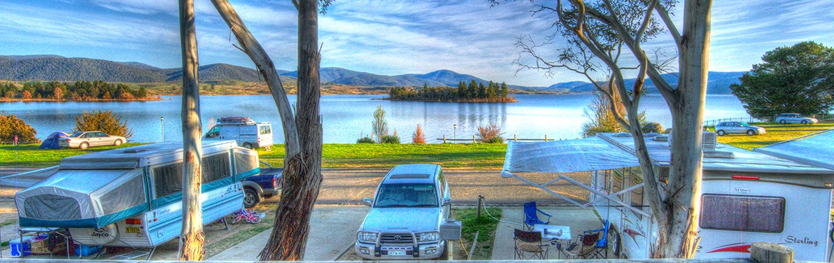 Jindabyne Holiday Park Logo and Images