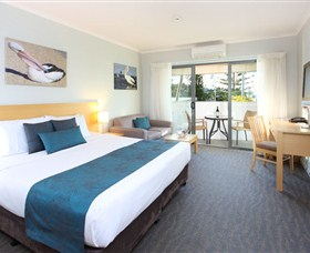 Manly Marina Cove Motel Logo and Images