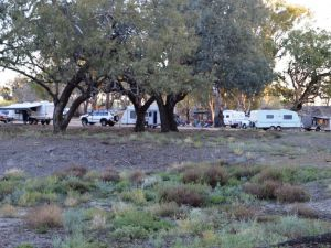 Four Mile Camping Reserve Logo and Images