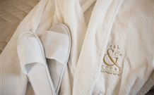 Cobb & Co Court Boutique Hotel - Mudgee Logo and Images