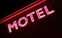 Hamilton's Townhouse Motel - Queanbeyan Logo and Images