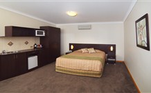 Willows Motel Goulburn - Goulburn Logo and Images