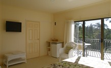Batemans Bay Manor Bed and Breakfast Image
