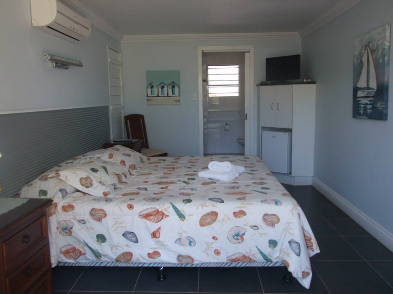 Bush Village Budget Cabins