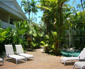 Port Douglas Retreat Logo and Images
