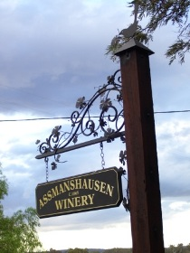 Hope Cottage Country Retreat At Assmanshausen Winery Logo and Images