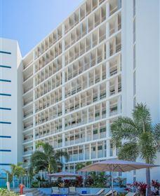Lanai Riverside Apartments