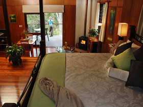 Whispering Valley Cottage Retreat