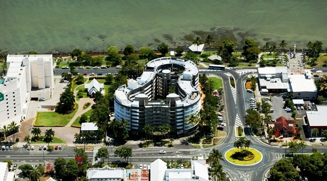 DoubleTree by Hilton Cairns Image