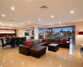 Xanadu Waterfront Elite Holiday Home
