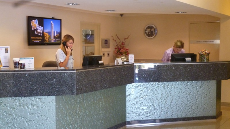 BEST WESTERN PLUS Garden City Hotel Logo and Images