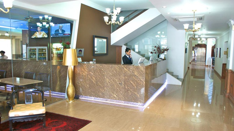 BEST WESTERN Astor Metropole Hotel and Apartments Logo and Images