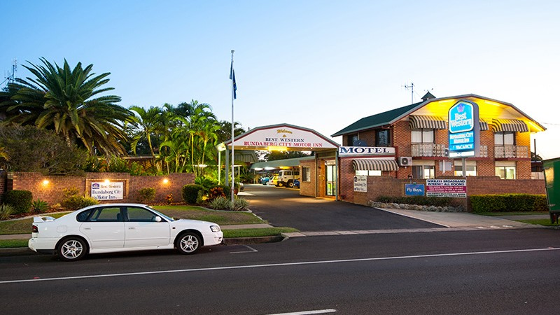 BEST WESTERN Bundaberg City Motor Inn Logo and Images