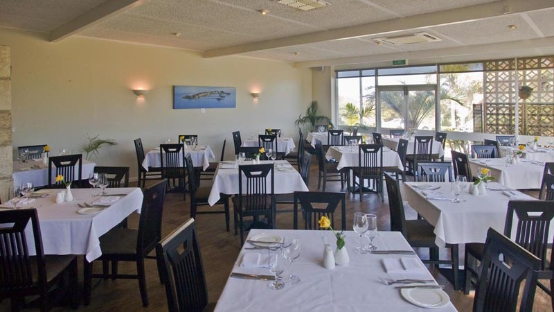 BEST WESTERN Hospitality Inn Geraldton Logo and Images