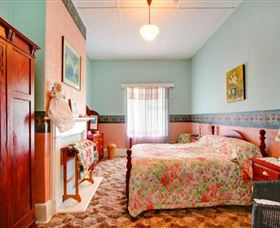 Roslyn House Bed and Breakfast
