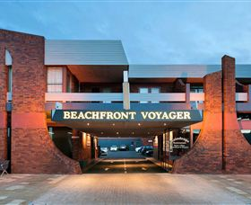Beachfront Voyager Motor Inn Logo and Images