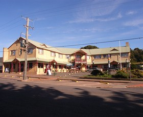 Parer's King Island Hotel Image