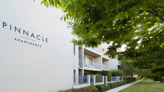 Pinnacle Apartments Image