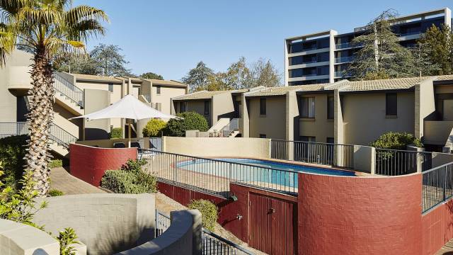 Manuka Park Apartments Image