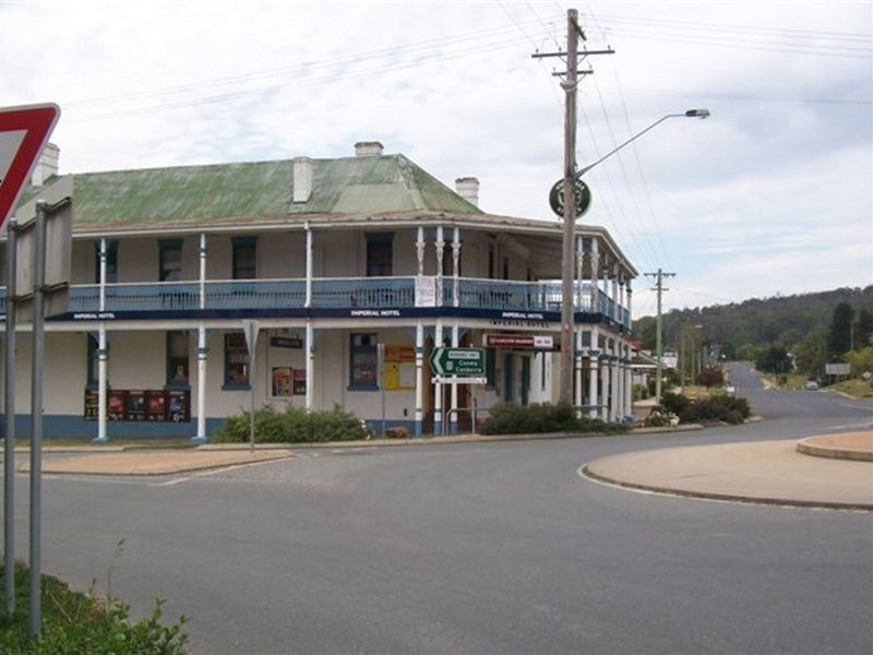 Imperial Hotel Bombala  Logo and Images