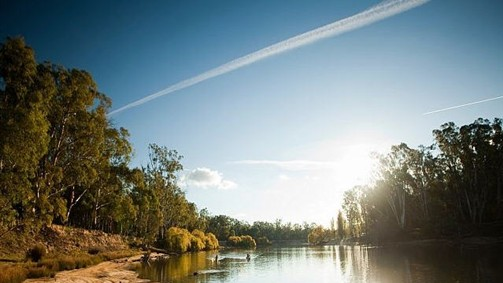 Moama on Murray Resort Logo and Images