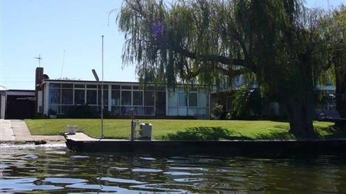 Lakeviews on Lang Image