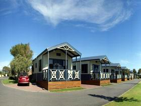 Discovery Holiday Park - Adelaide Beachfront Logo and Images