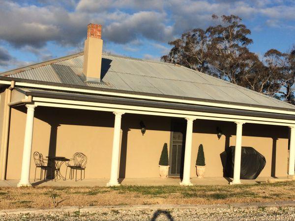 White Cedars Cottage Image