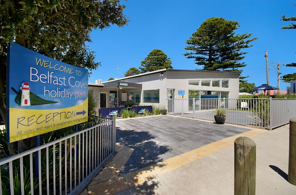 Port Fairy Holiday Park Logo and Images