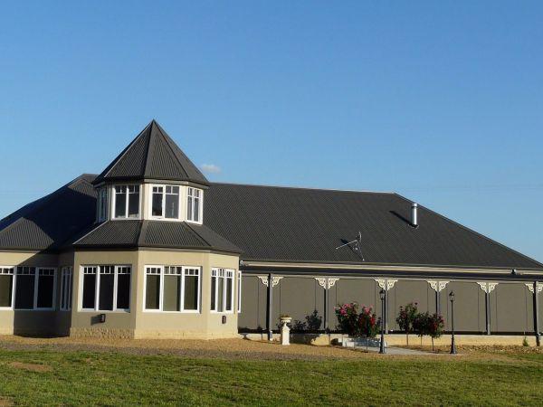 Paringa Grove Homestead Image