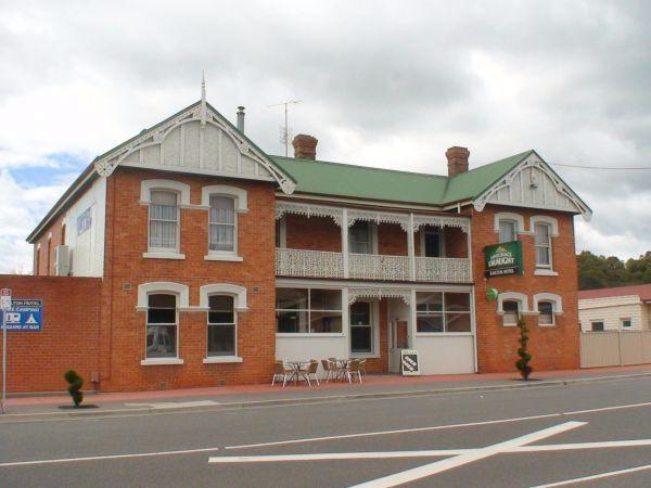 Railton Hotel Image