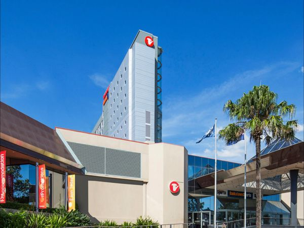 Travelodge Hotel Bankstown Sydney Image