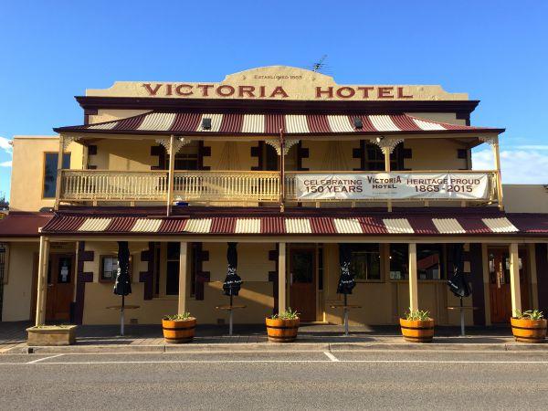 Victoria Hotel - Strathalbyn Image